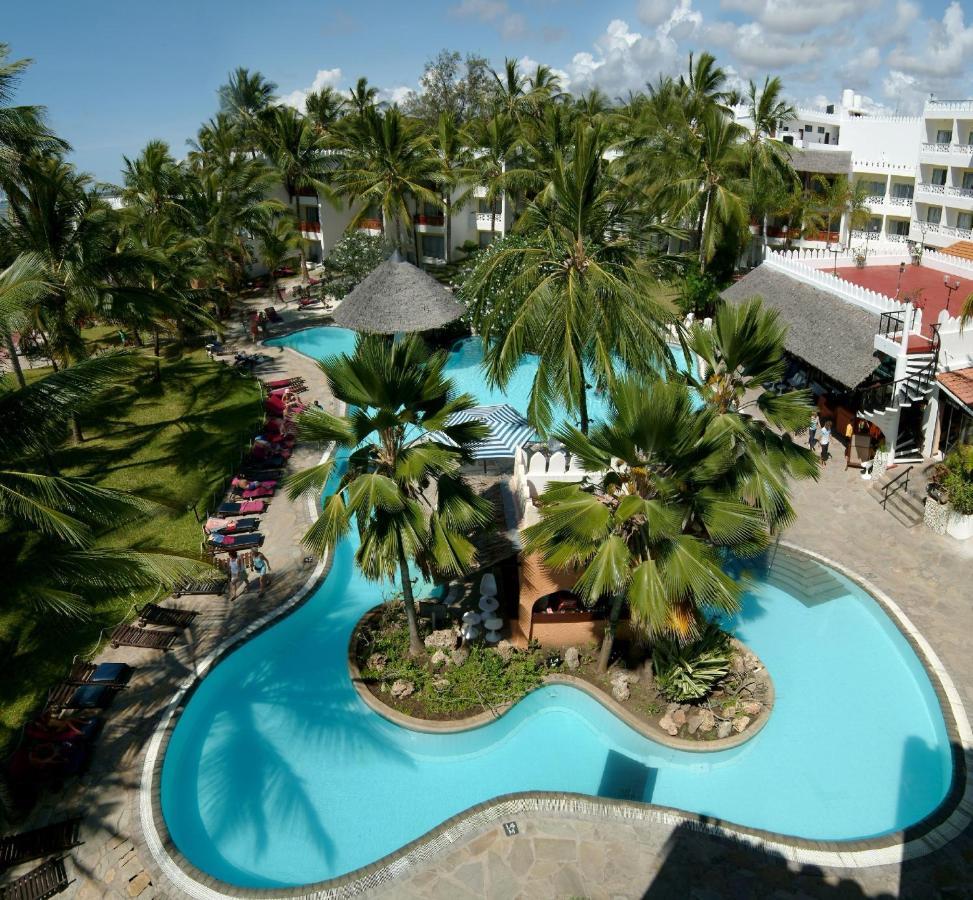 Фото  Отель  Bamburi Beach Hotel