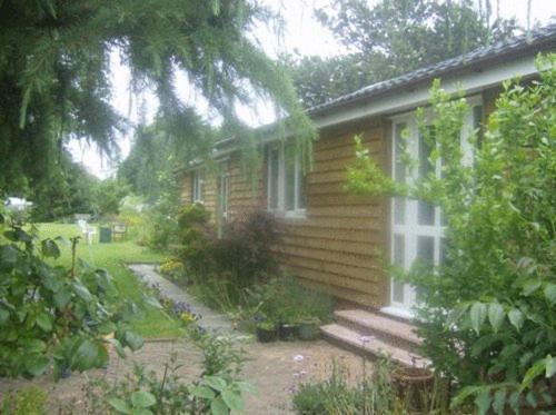 Лодж The Garden Lodges