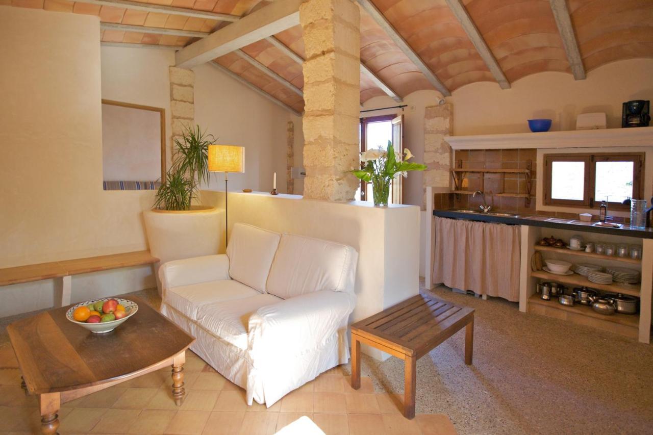 Загородный дом  Finca Son Josep De Baix