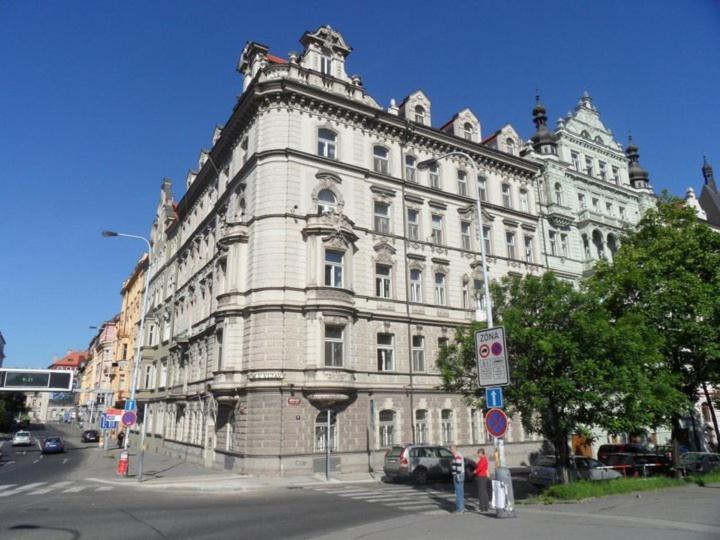 Апартаменты  Flat River Prague