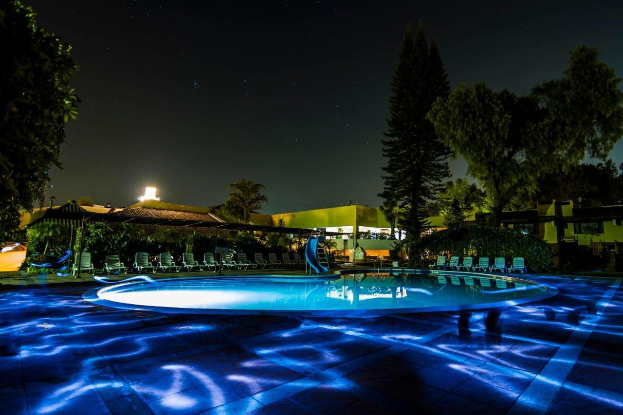 Отель  Hotel Soleil La Antigua