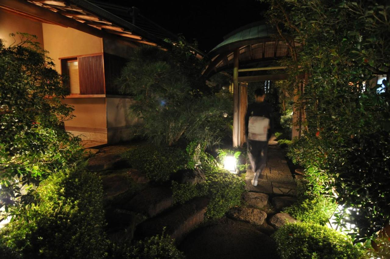 記念日におすすめのホテル・あたみ石亭別邸 桜岡茶寮の写真1