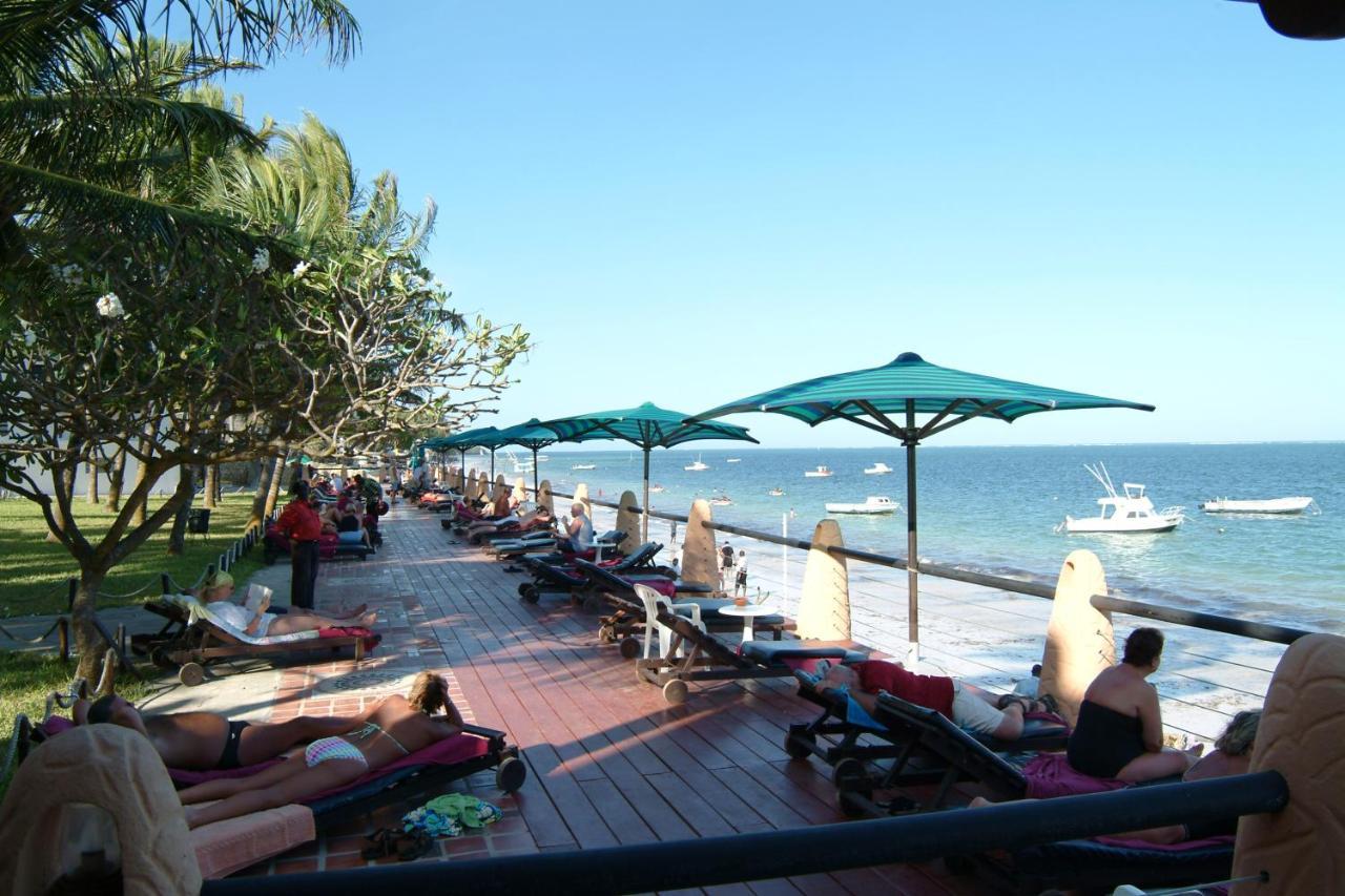 Bamburi Beach Hotel 2190