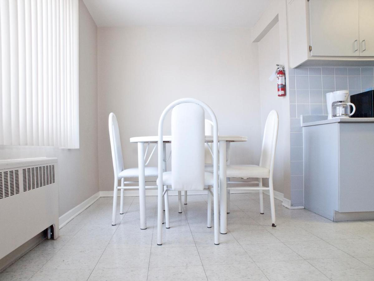 Muffa Vicino Agli Infissi beausejour hotel apartments/hotel dorval, dorval – prezzi