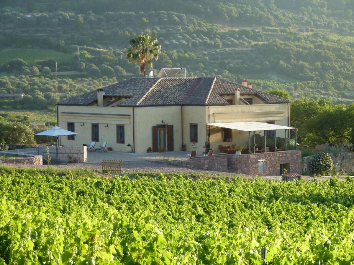 Загородный дом  Pessighette Dimora Di Campagna