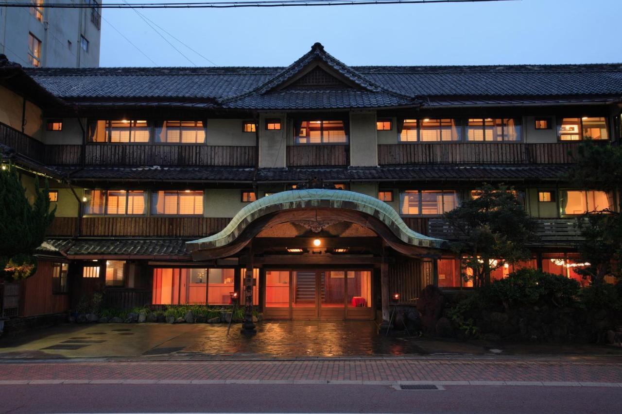 記念日におすすめのホテル・春陽館の写真1