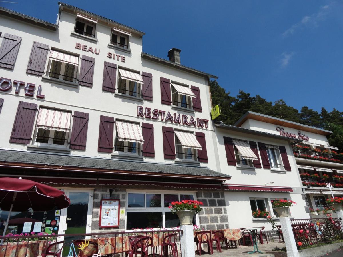 Отель  Отель  Logis Le Beau Site
