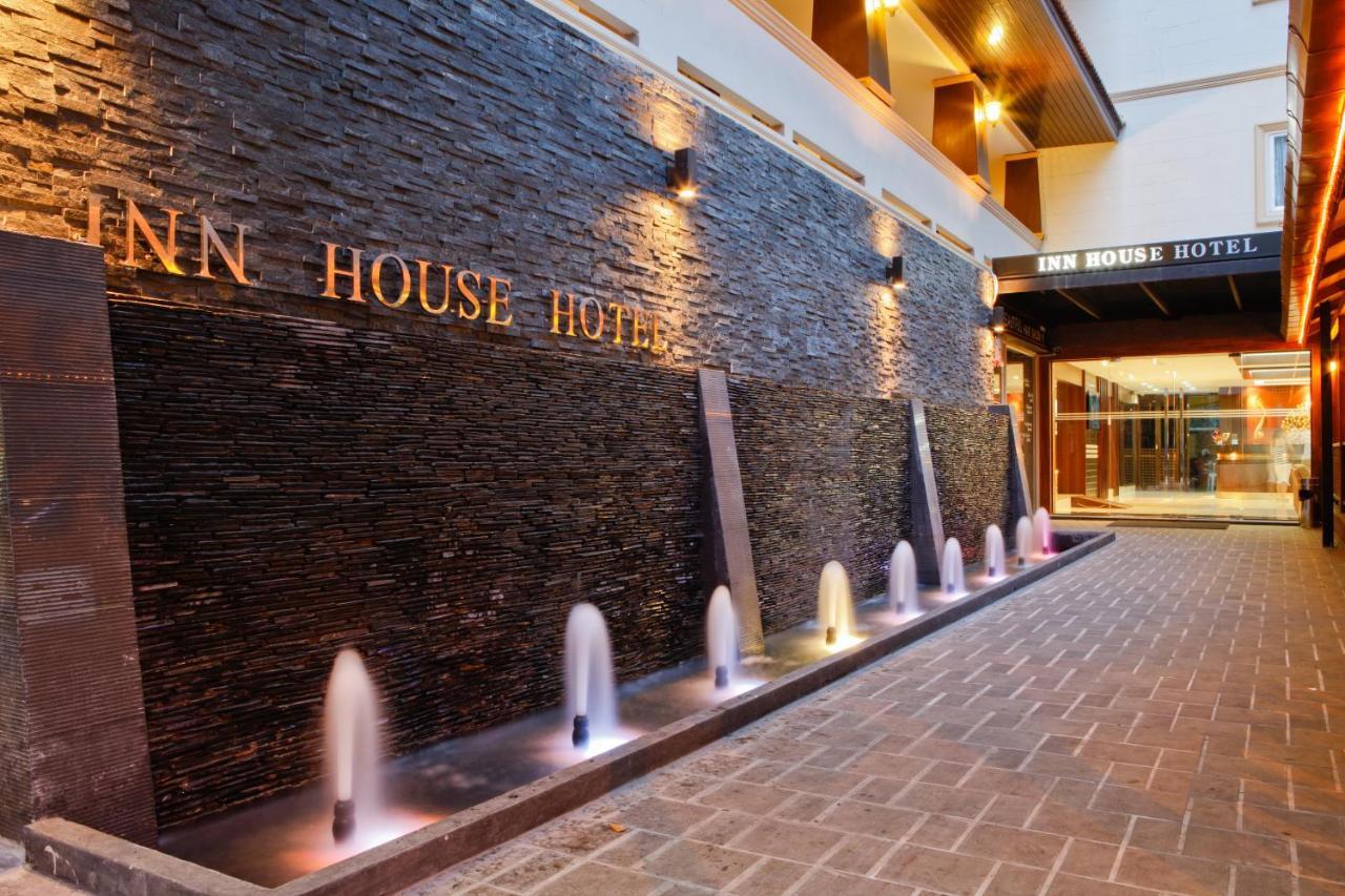 Отель  Inn House