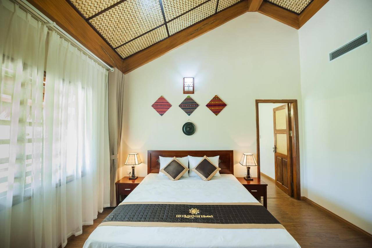 Отель Hoa Binh Hotel