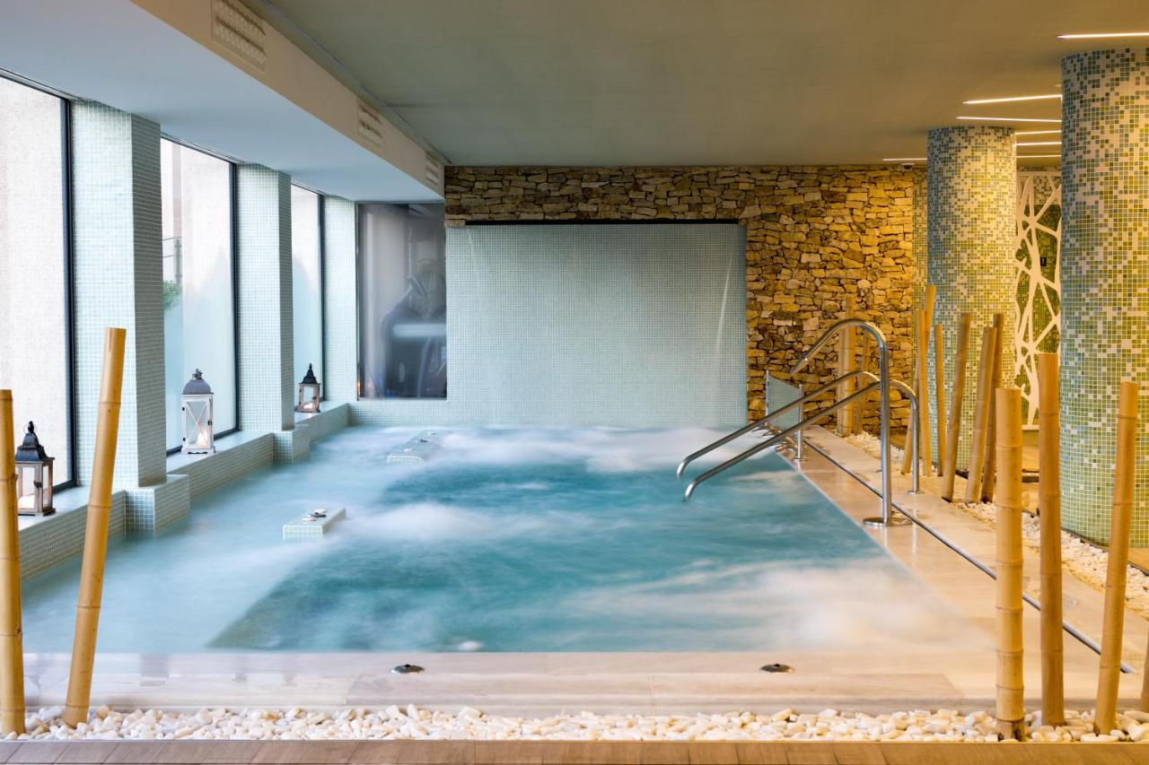 Hotel AR Golf Almerimar (Spanje Almerimar) - Booking.com