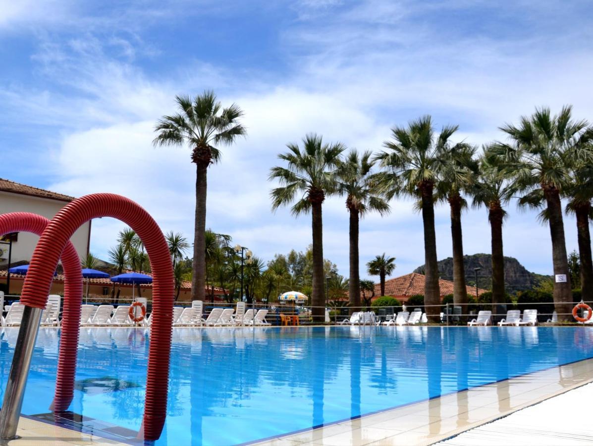 Апарт-отель  Villaggio Turistico La Mantinera Apartments