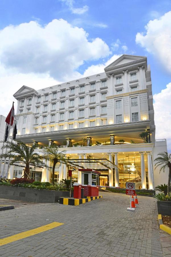 Отель  Grand Savero Hotel Bogor