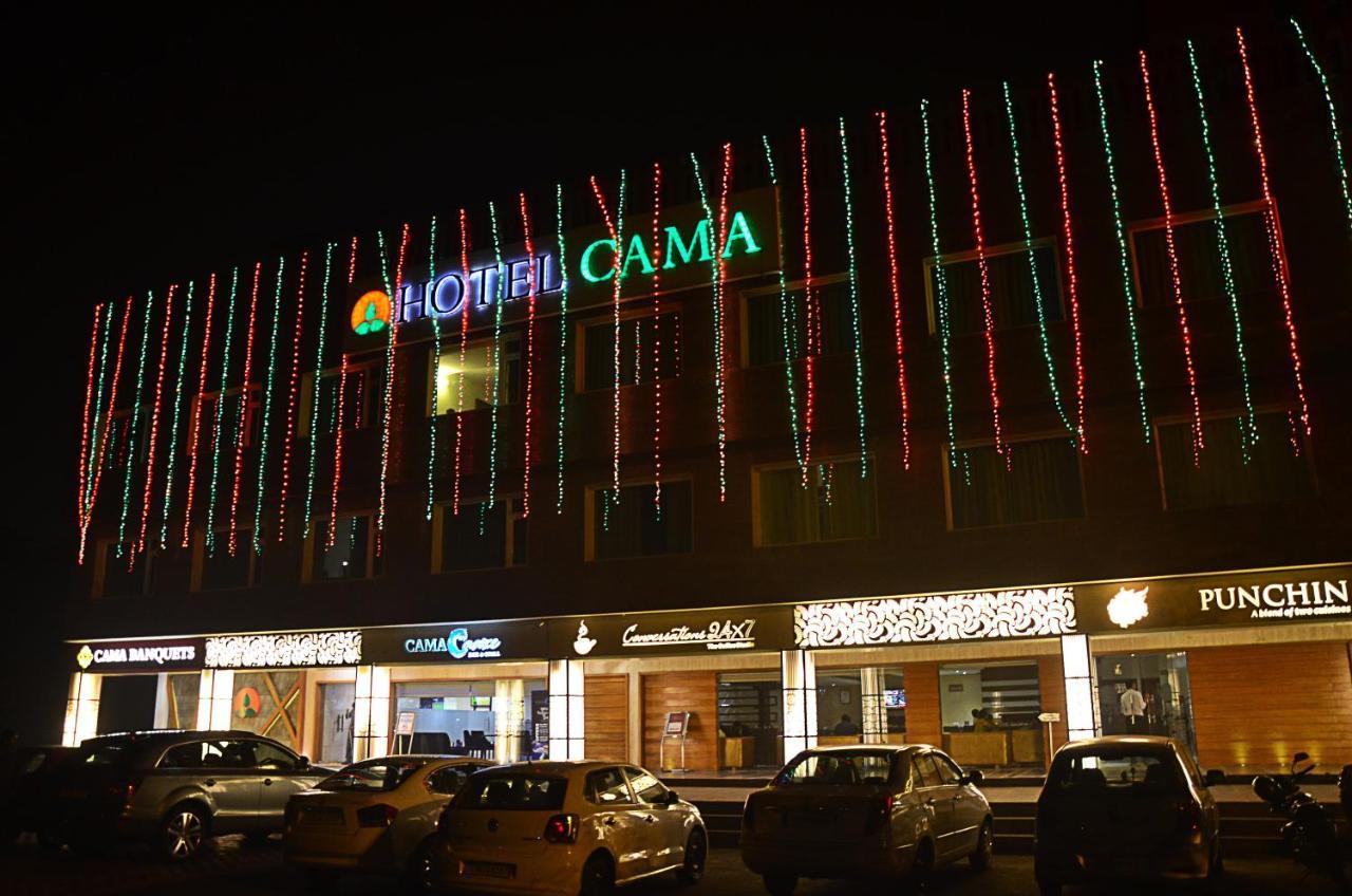 Отель  Отель  Hotel Cama