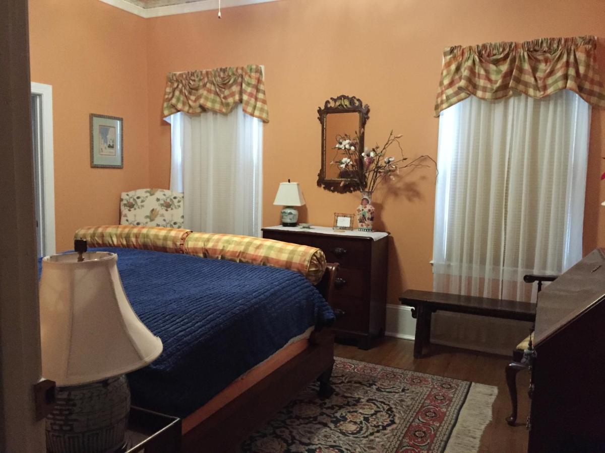 Отель типа «постель и завтрак»  Отель типа «постель и завтрак»  Hanna House Bed & Breakfast