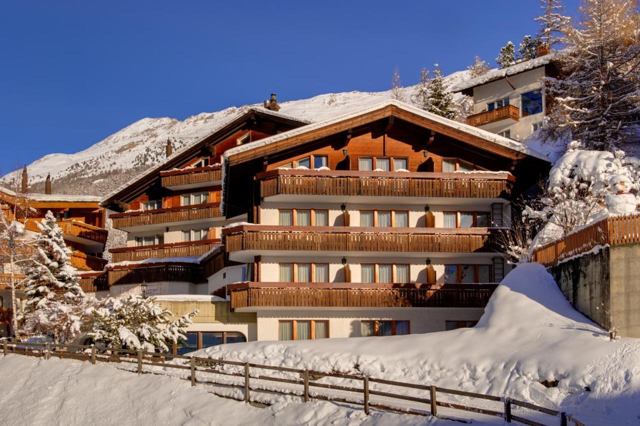 Отель  Hotel Alpenroyal