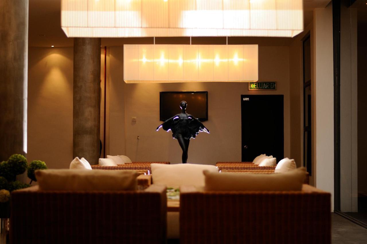Отель  Отель  T+ Hotel Sungai Korok