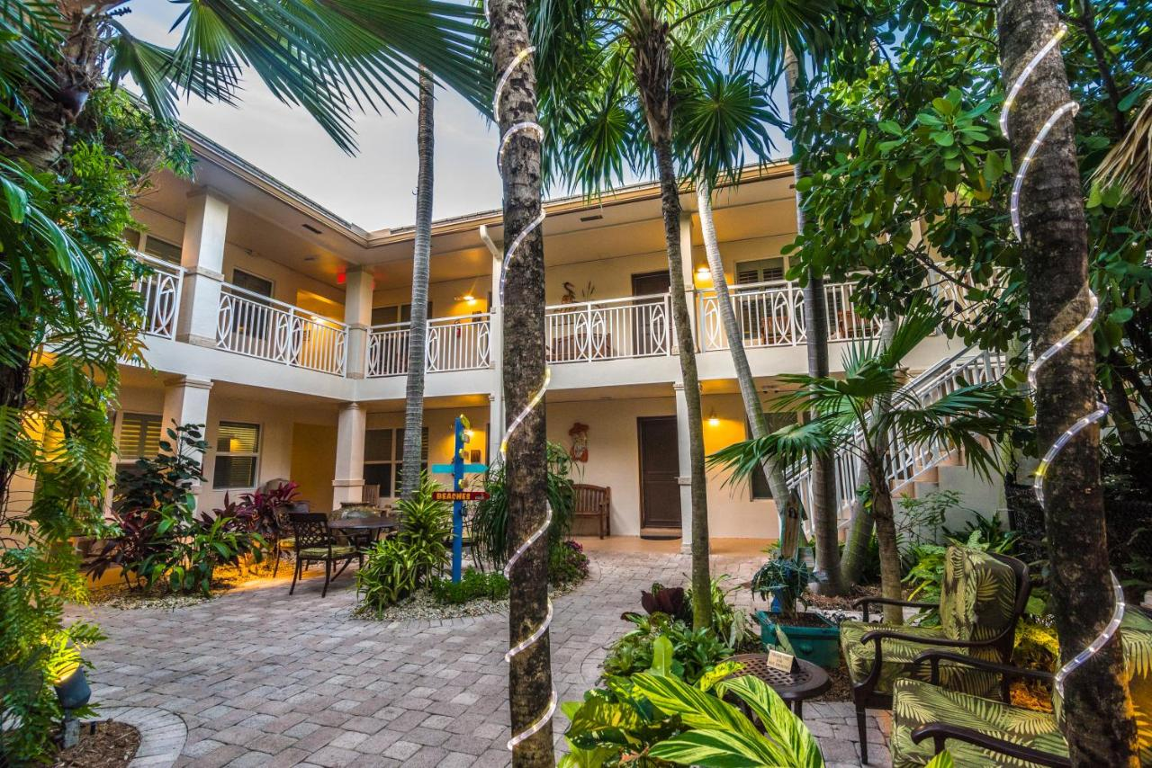 Отель  Crane's Beach House Boutique Hotel & Luxury Villas