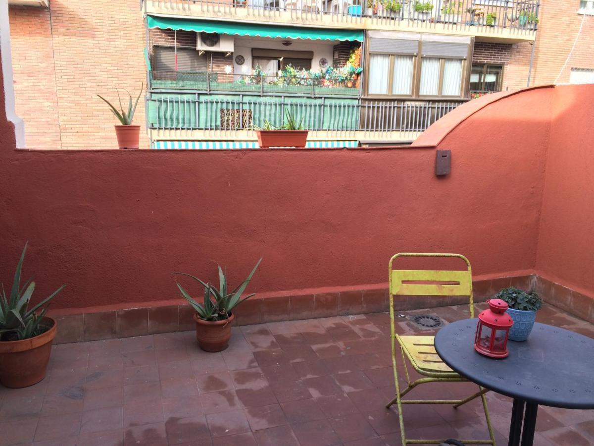 Apartamento Reina Sofia Madrid Spain Booking Com