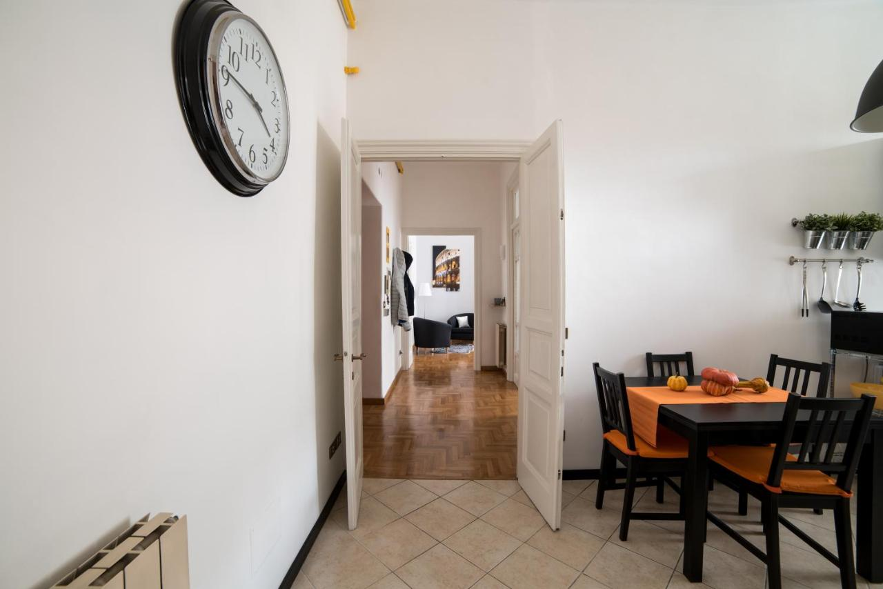 Lo Specchio In Cucina vacation home prati dream house, rome, italy - booking