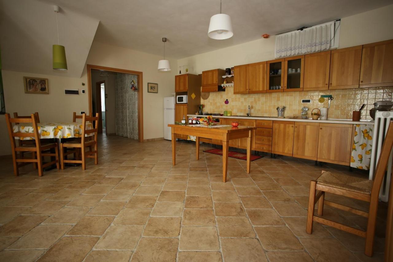 Cucine Mosciano Sant Angelo apartment casacricri, mosciano sant'angelo, italy - booking