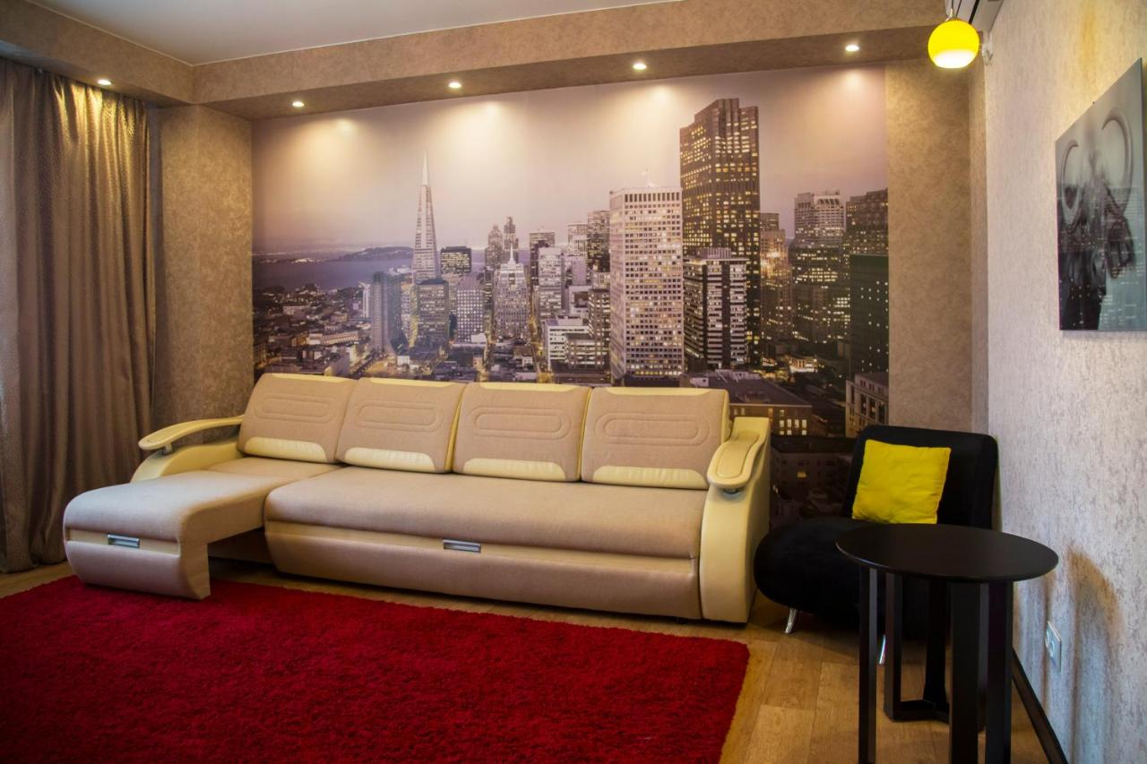 Фото  Апартаменты/квартира  Apartment On Shakhterov, 44 By KrasStalker