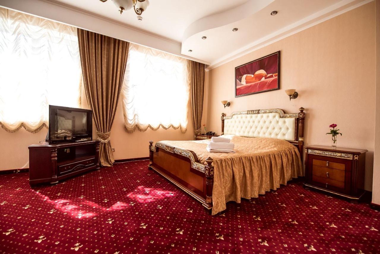 Фото  Отель  TES Hotel