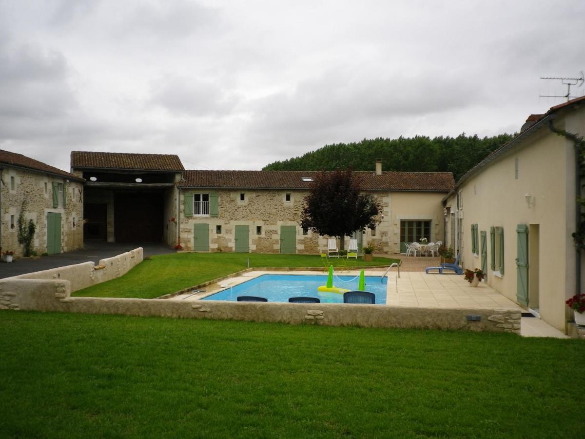 Guest Houses In Vouillé Poitou-charentes