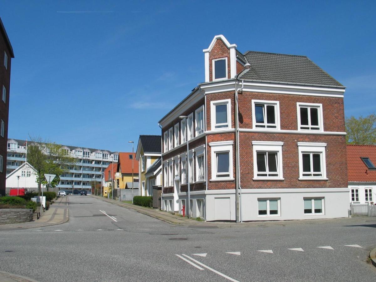 Отель типа «постель и завтрак»  Отель типа «постель и завтрак»  Aalborg City Rooms ApS