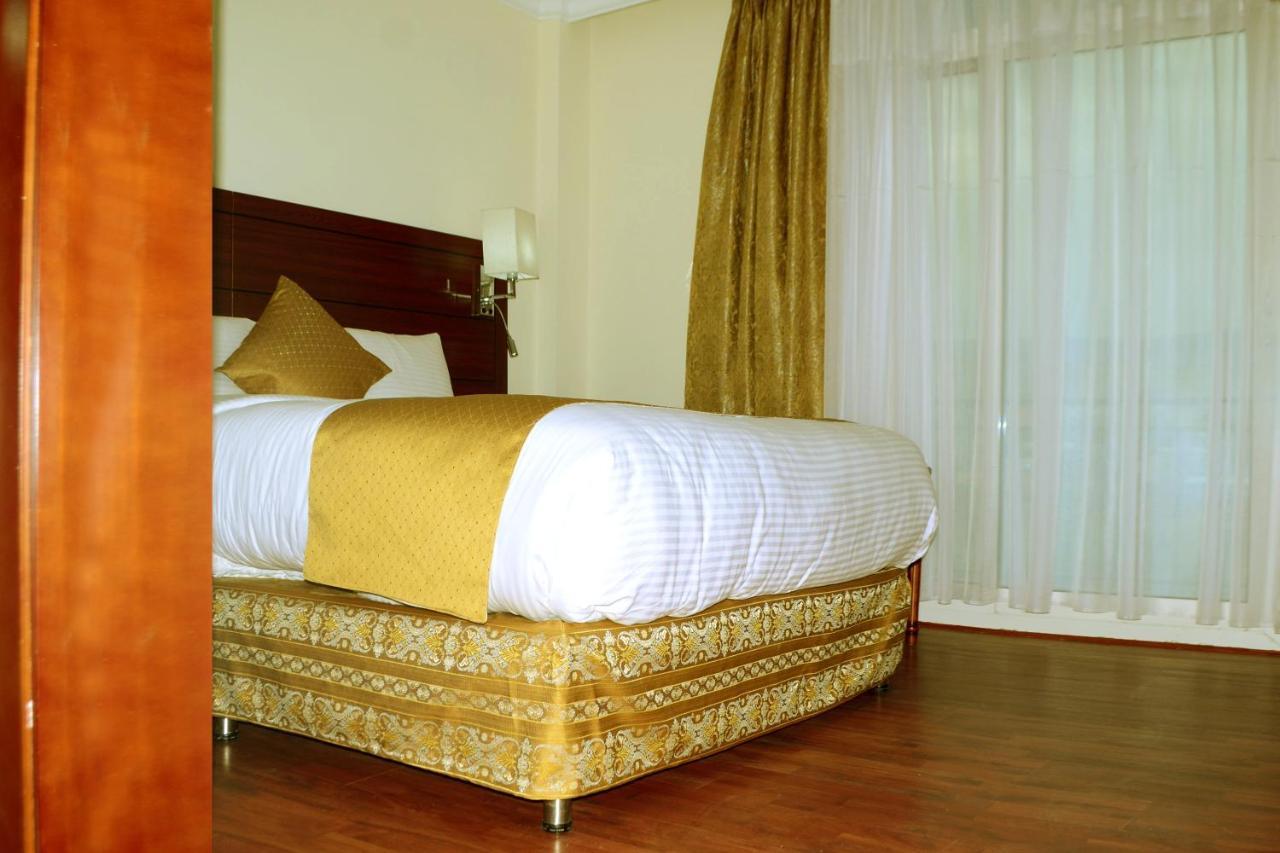 Отель  Отель  Blue Sky Hotel