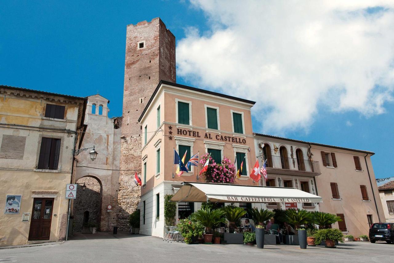 Отель  Hotel Al Castello