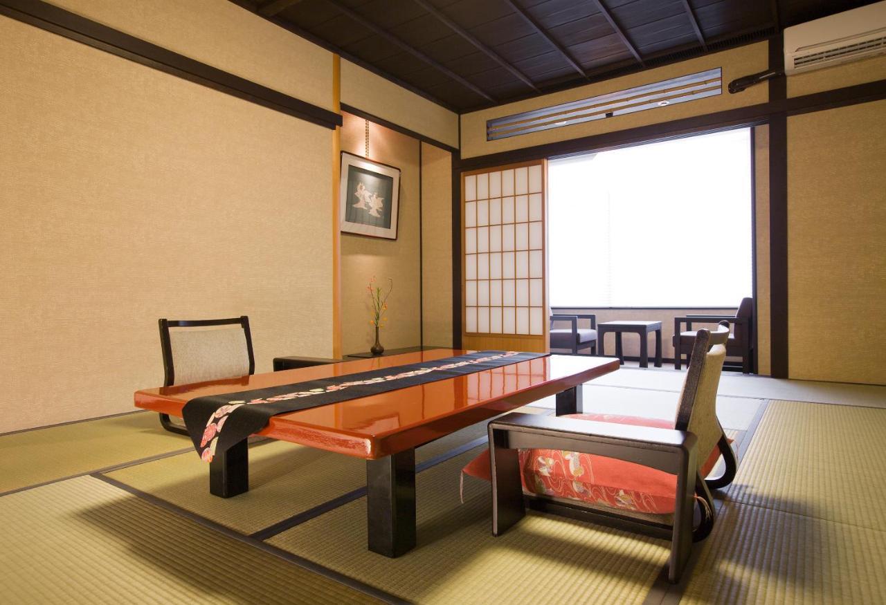 記念日におすすめのレストラン・金沢茶屋の写真6
