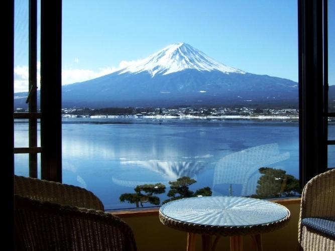 記念日におすすめのレストラン・秀峰閣 湖月の写真5