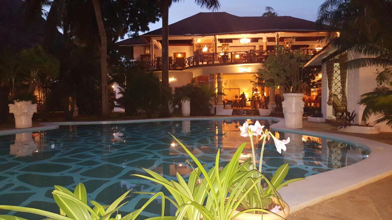 African House Resort Malindi booking