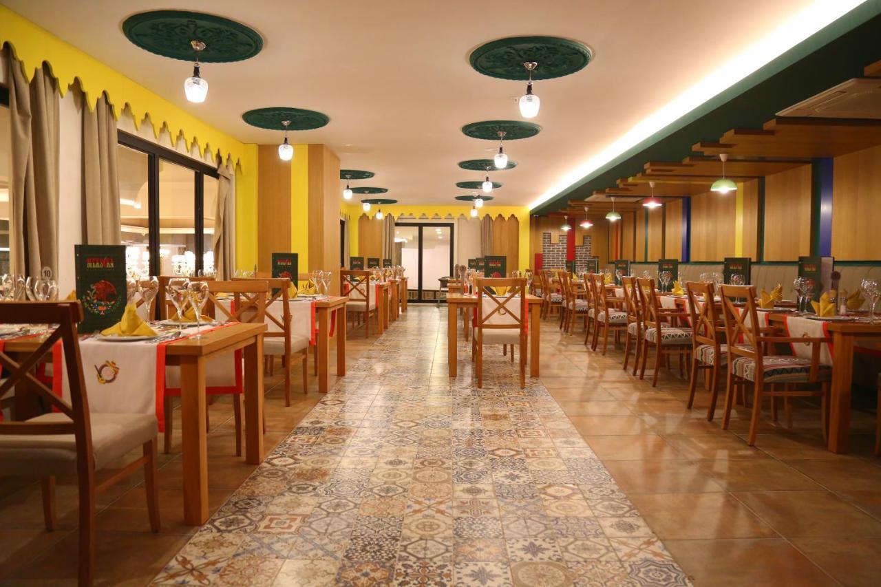 Ресторан / й інші заклади харчування у J'adore Deluxe Hotel & Spa