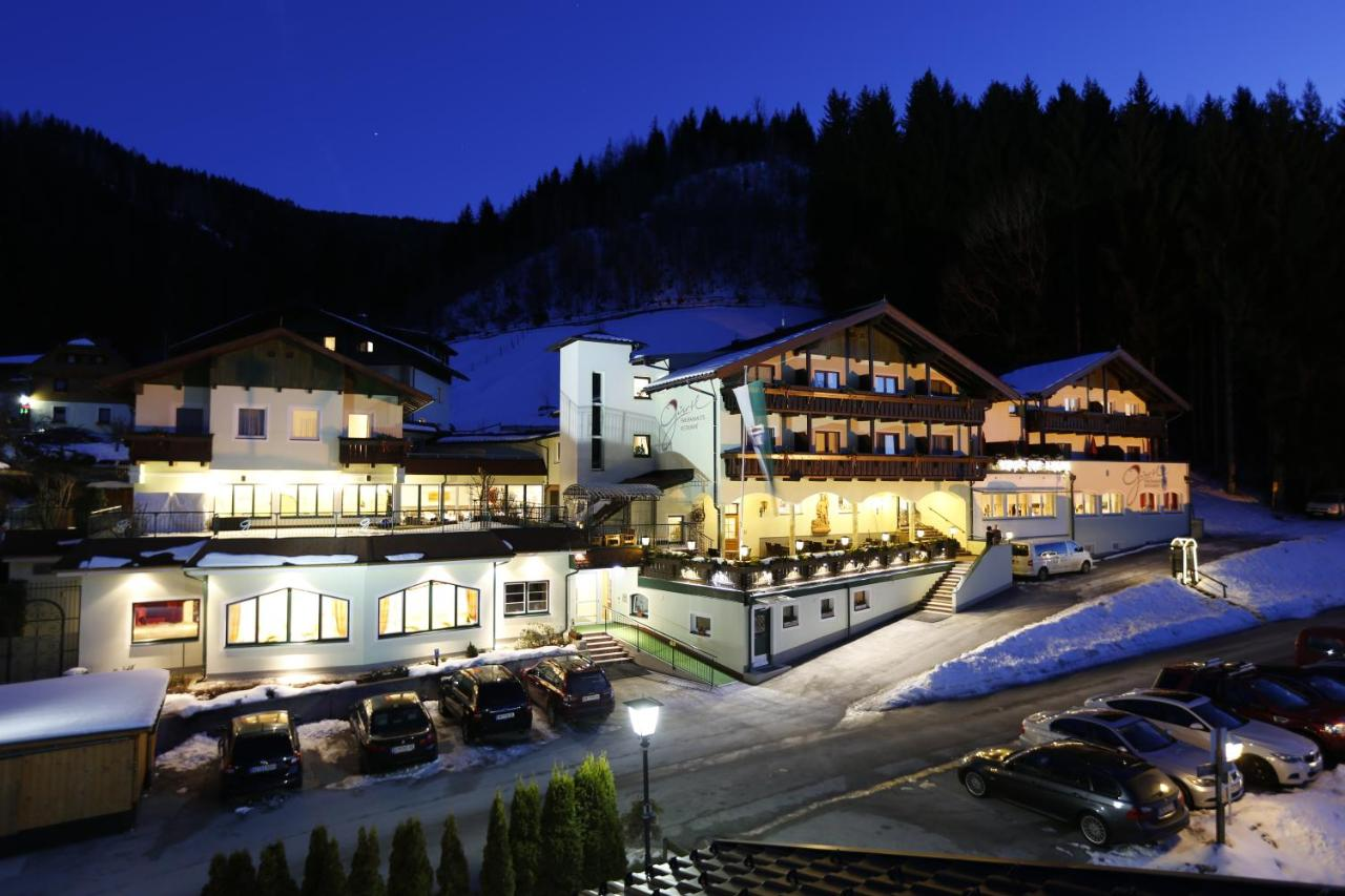 Отель  Panoramahotel Gürtl