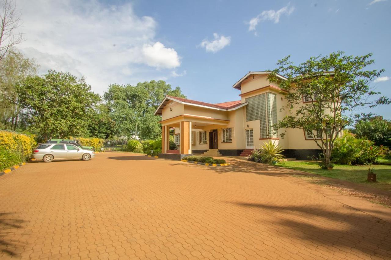 Отель  Nile Anchor Palace