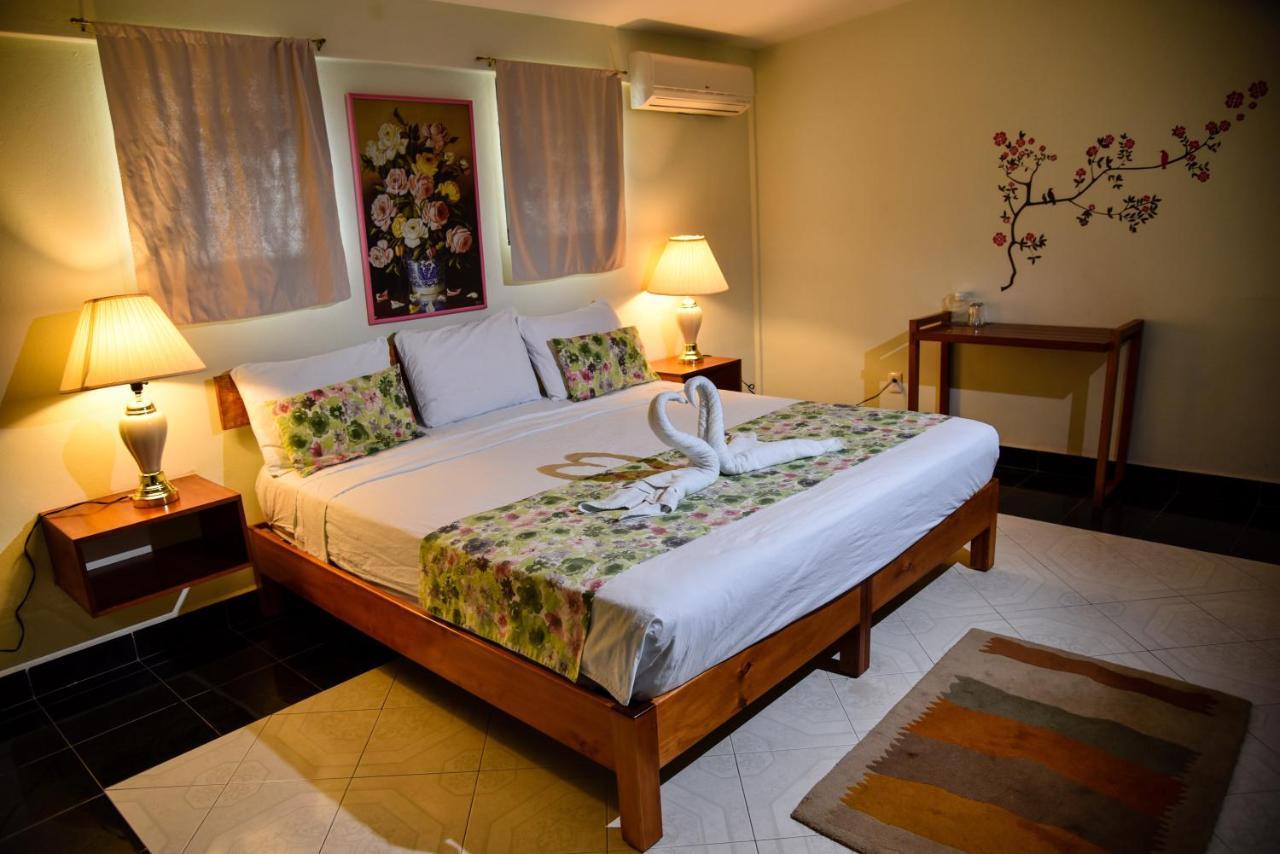 Отель  Hotel Akumal