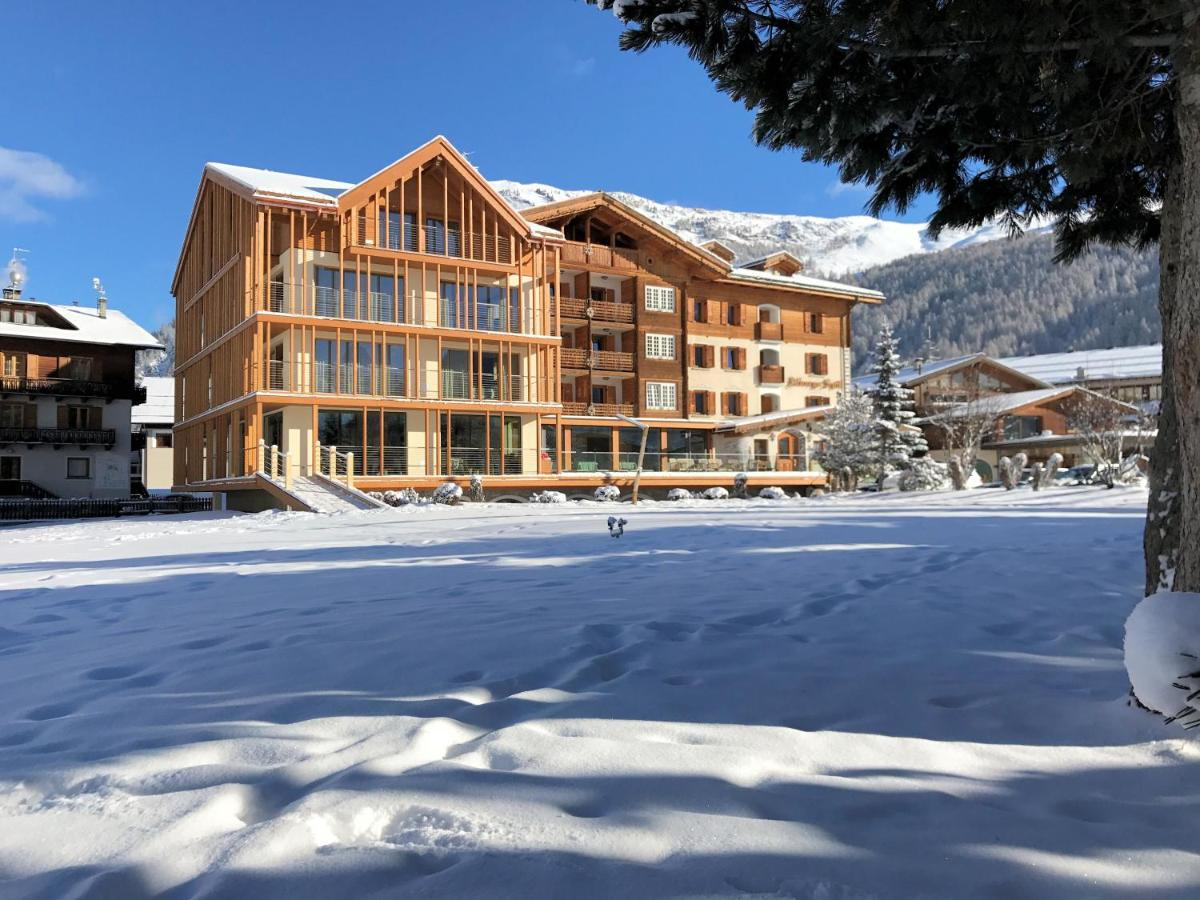 Hotel Spol Feel At Home Livigno Italy Booking Com