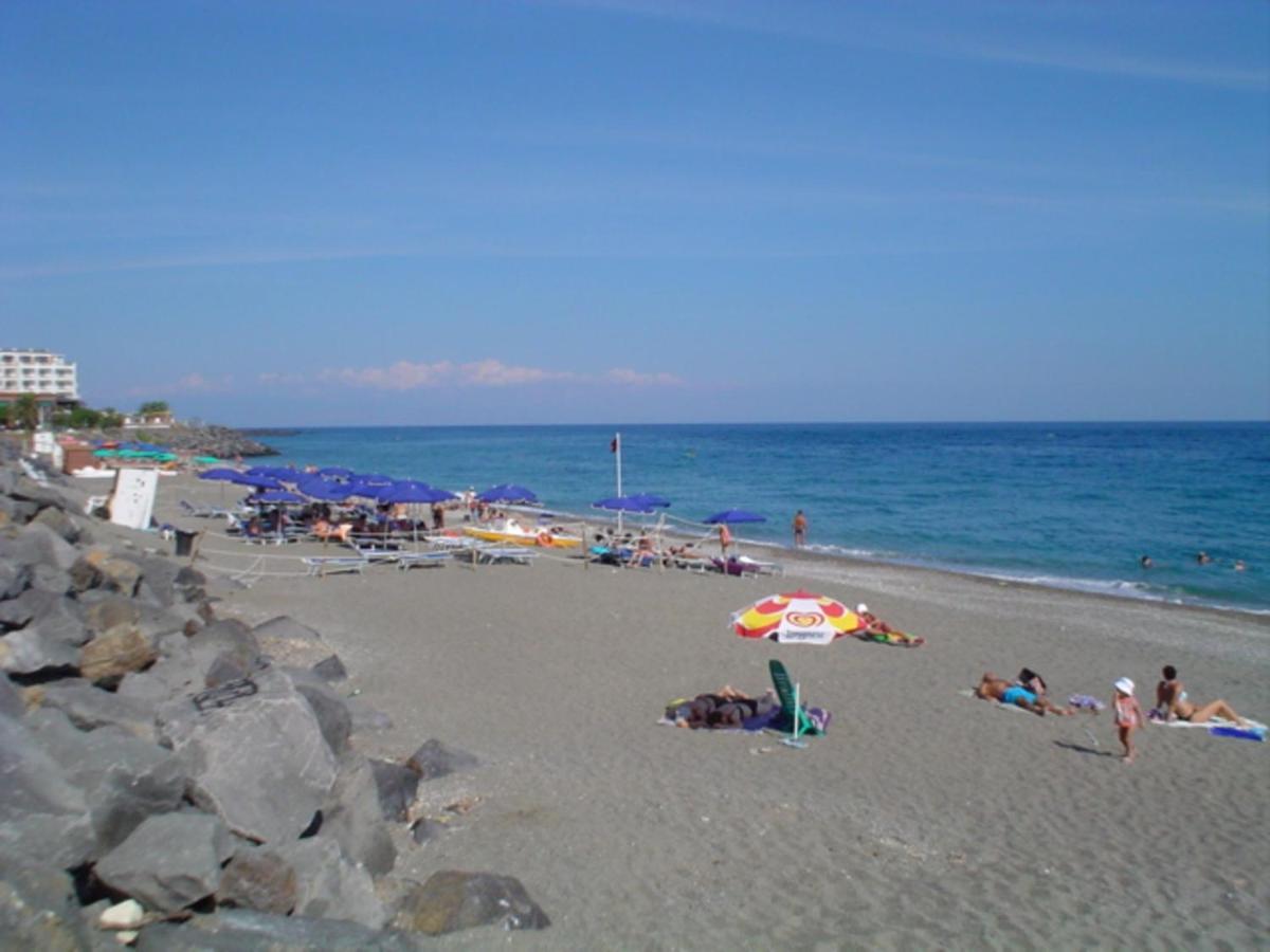 Apartment The House On The Beach Giardini Naxos Italy Booking Com
