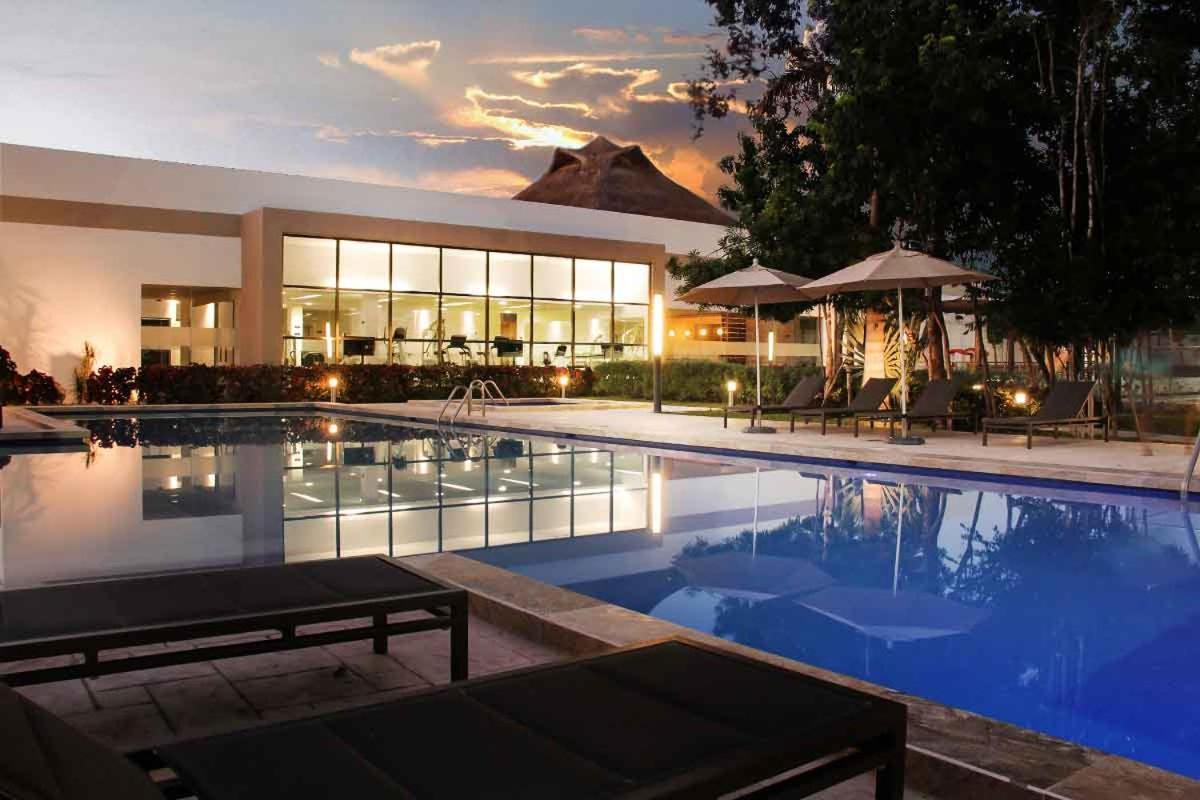 Foto Di Piscine Private villa house bali sport club, playa del carmen, mexico