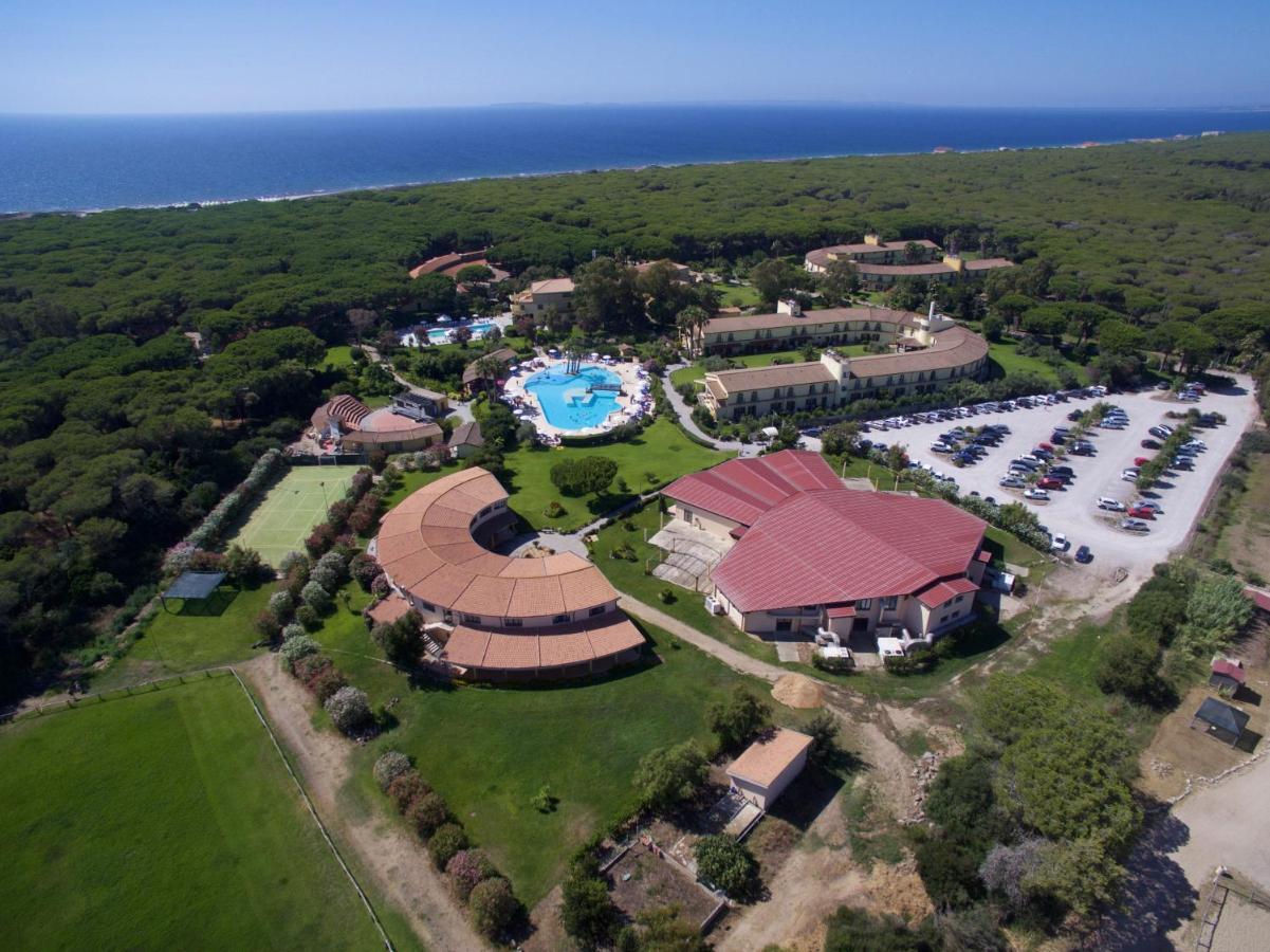 Курортный отель  Horse Country Resort Congress & Spa