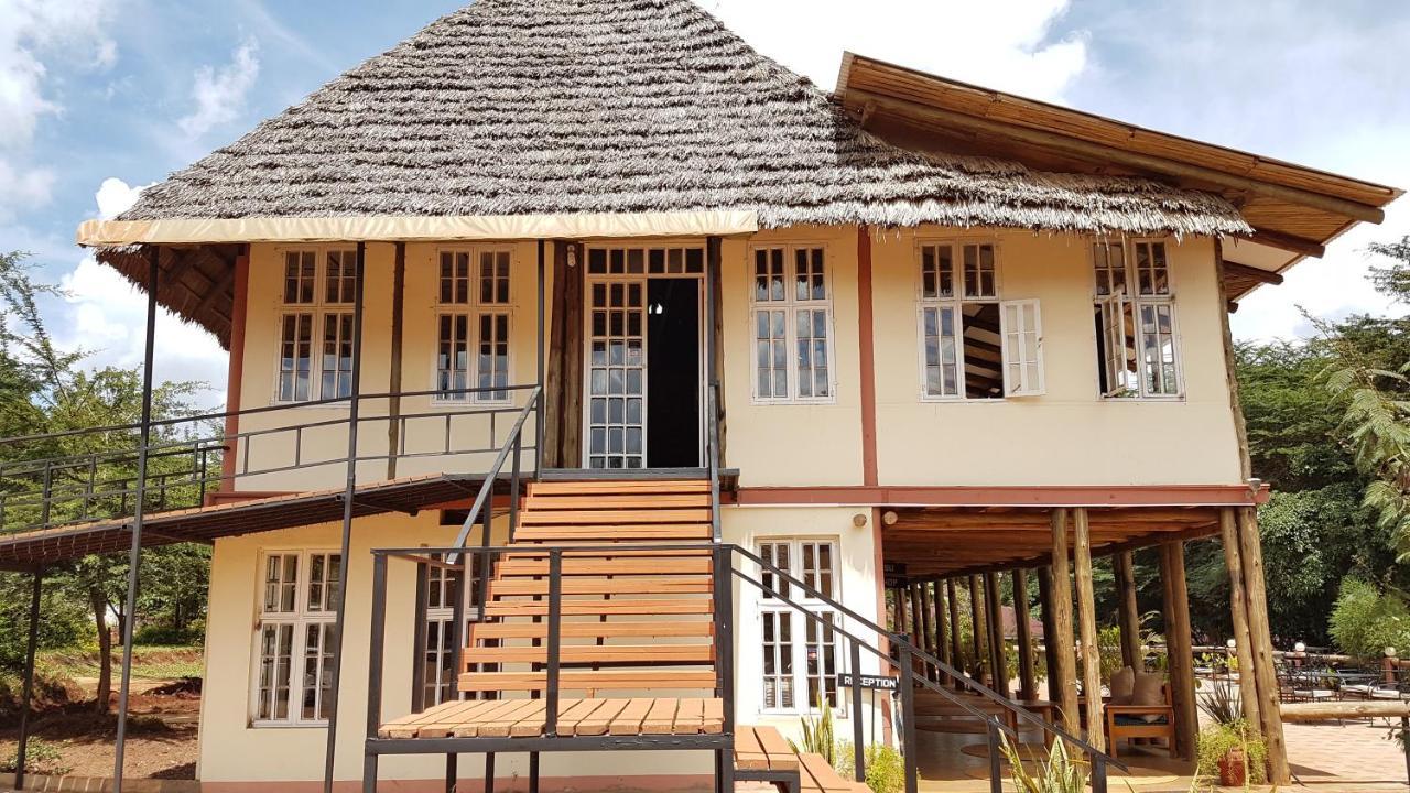 Eileen's Trees Inn, Karatu