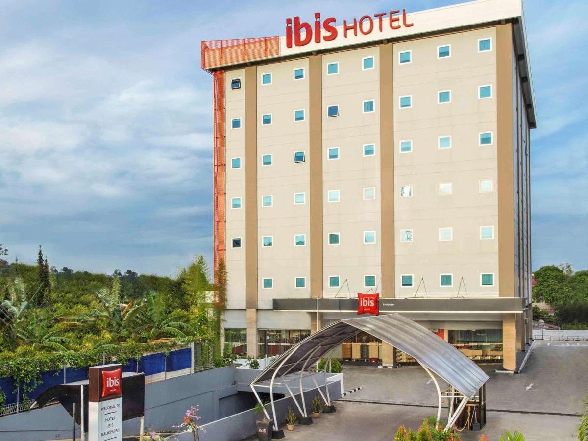 Отель  Отель  Ibis Balikpapan