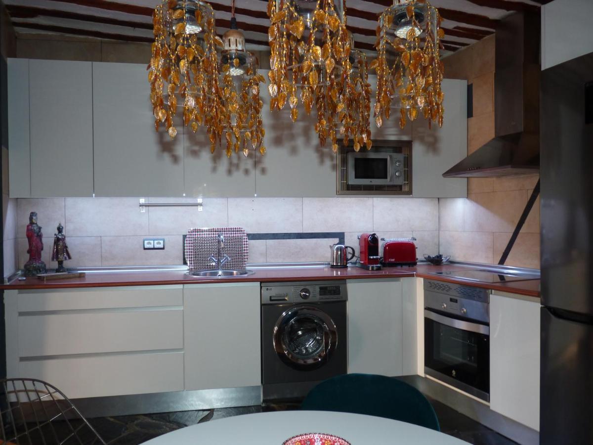 Apartment Bastet Home Romantico Apt La Latina Madrid Spain