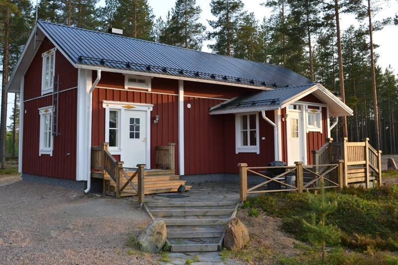 Шале  Ahmalammen Mökkikylä