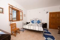 Hermes Apartment