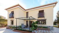 Bonita casa en Barrio de Monachil