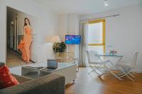 Caleta Homes - Apartamentos Pompidou