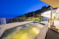 Vagabunda luxury 6 bedroom villa for rent Roca llisa