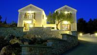 Adastra Ithaca Luxury Suites